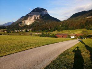 der Pölven im Hintergrund - Landschaftsaufnahme von Bad Häring